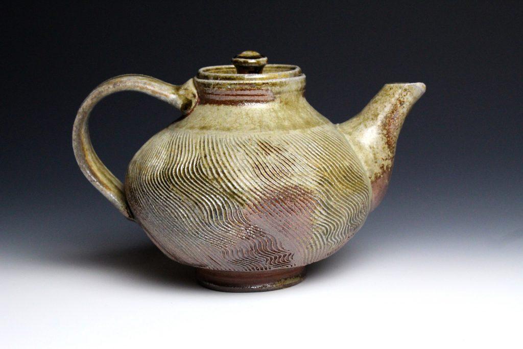 TeapotSideHandle2019